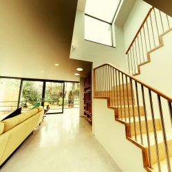ST103. Zigzag staircase with steel balustrade and under-stair storage (Artistic White Oak and Birch)